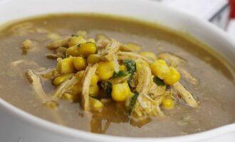 Суп из курицы и кукурузы