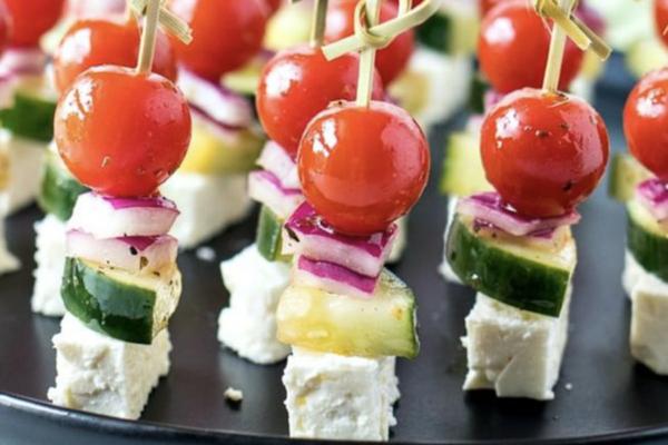 grecheskij salat na zubochistke