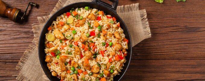 жаренный рис с курой
