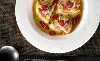 Рыба с соусом чили